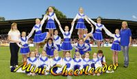 Mini_Cheerleader_2010_klein
